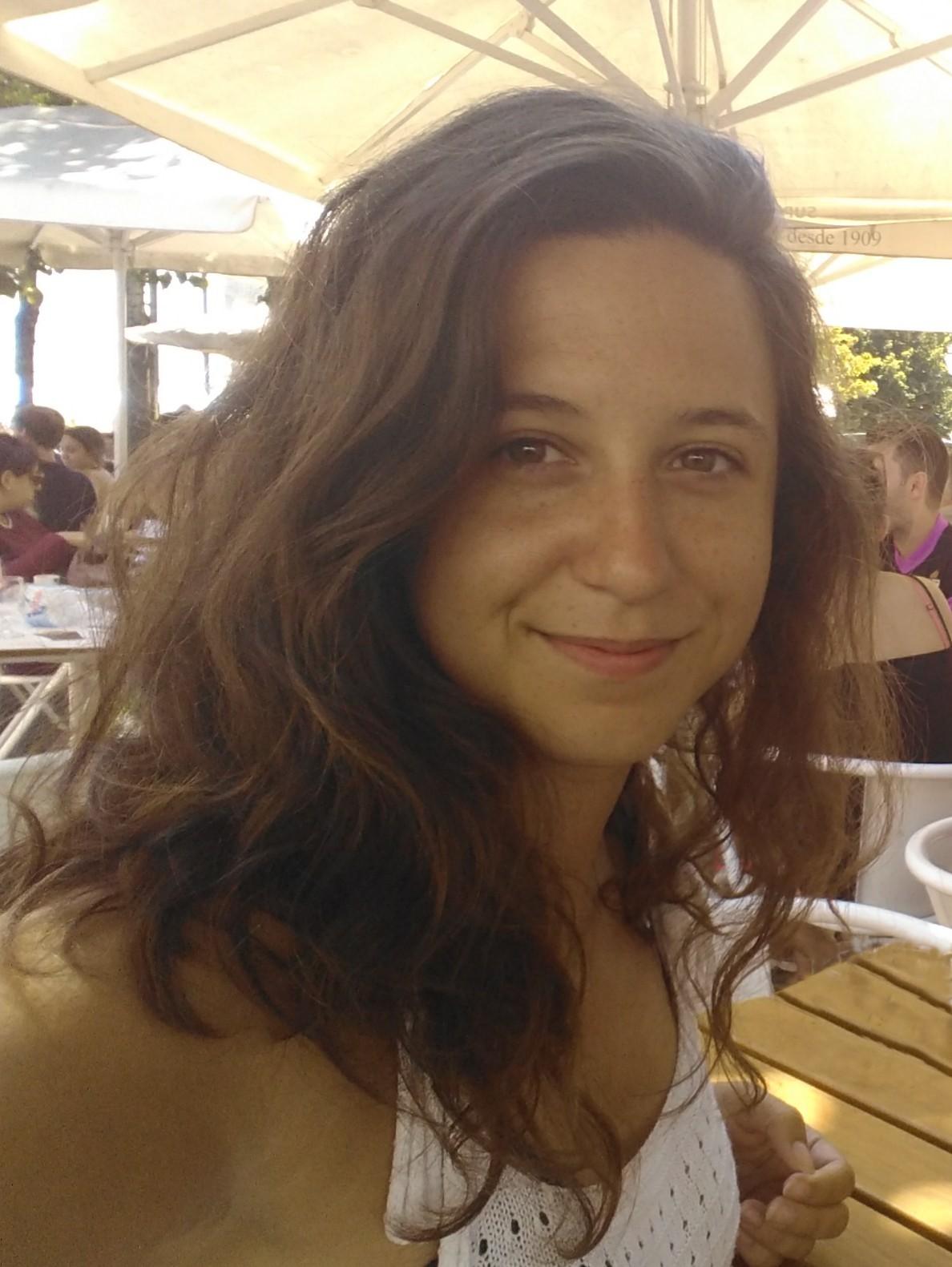 Esther Rodríguez Flores